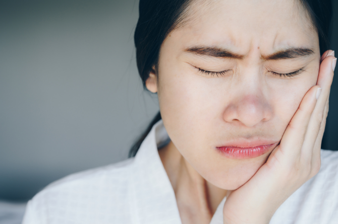 What to do in a Dental Emergency: Pain Management and Next Steps